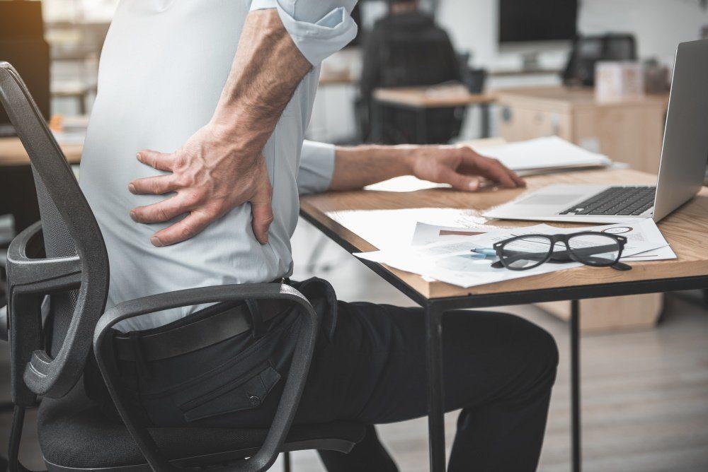 Rückenschmerzen beim Sitzen